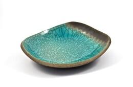 piatto raku turchese di medie dimensioni